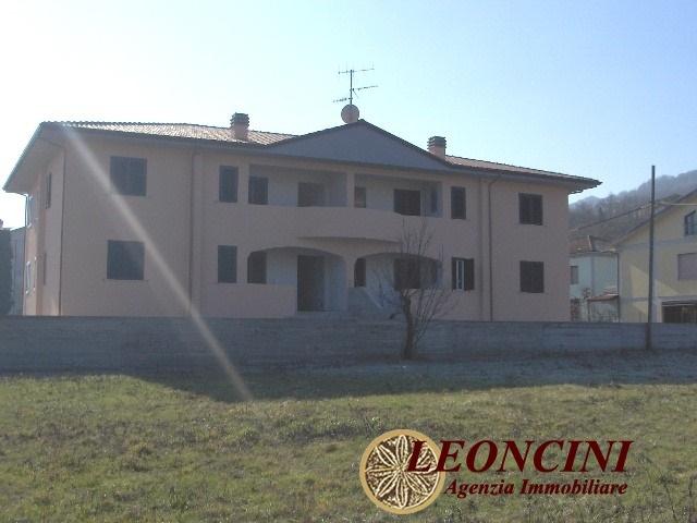 Appartamento in vendita a Villafranca in Lunigiana, 6 locali, prezzo € 160.000 | Cambio Casa.it