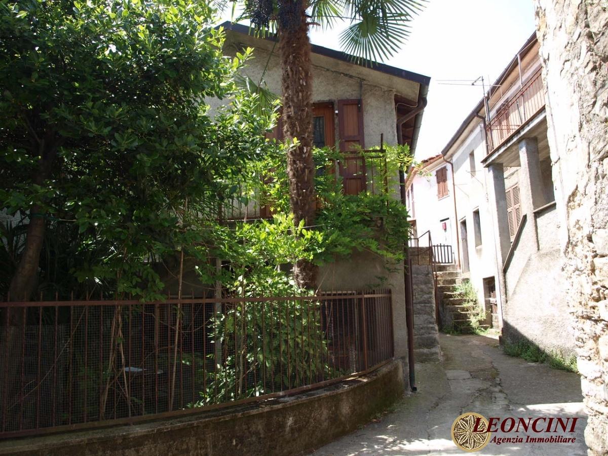 Rustico / Casale in vendita a Bagnone, 4 locali, prezzo € 55.000 | CambioCasa.it