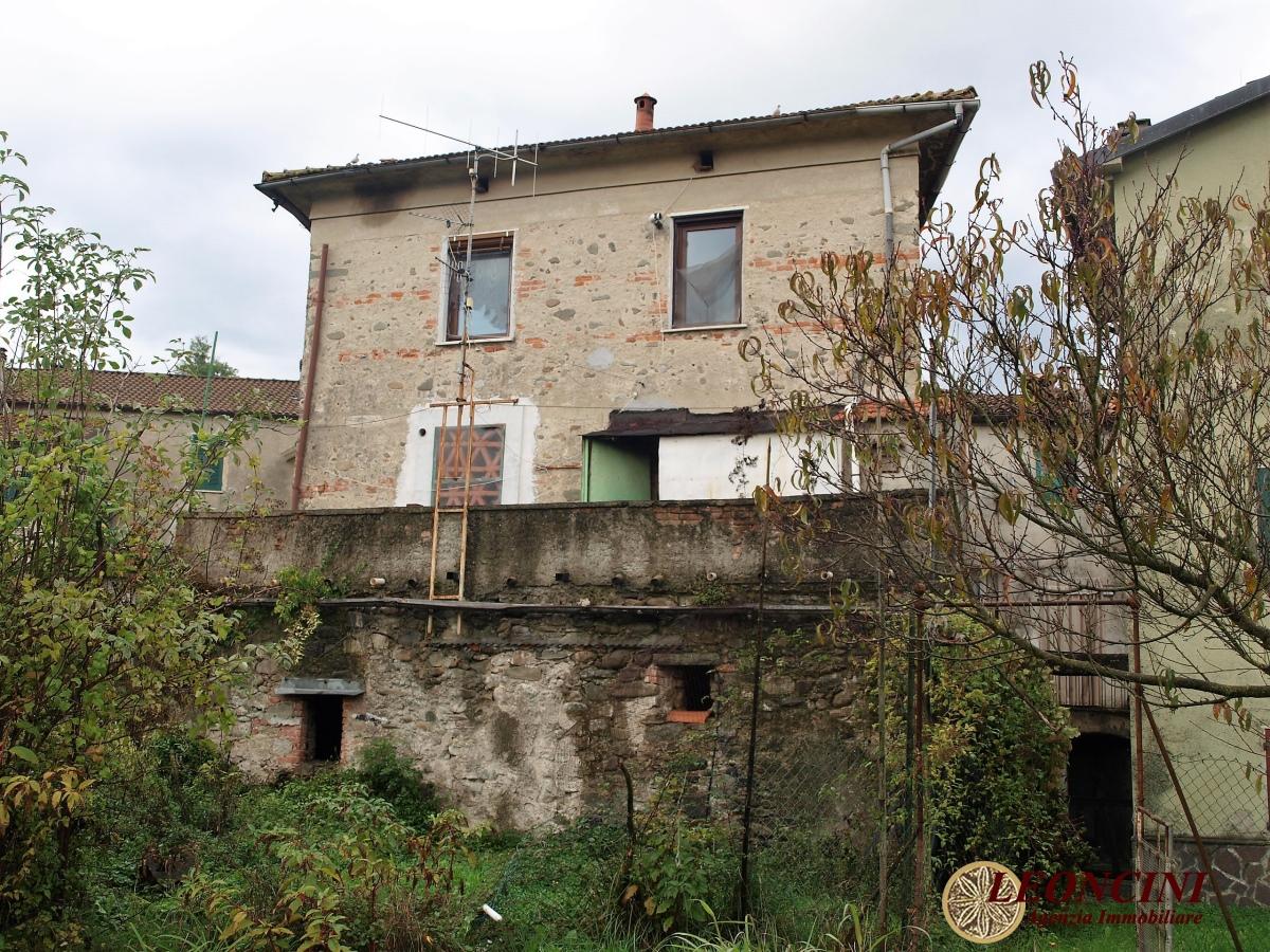 Soluzione Semindipendente in vendita a Villafranca in Lunigiana, 5 locali, prezzo € 180.000 | Cambio Casa.it