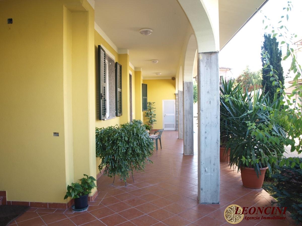Villa in Vendita a Villafranca in Lunigiana