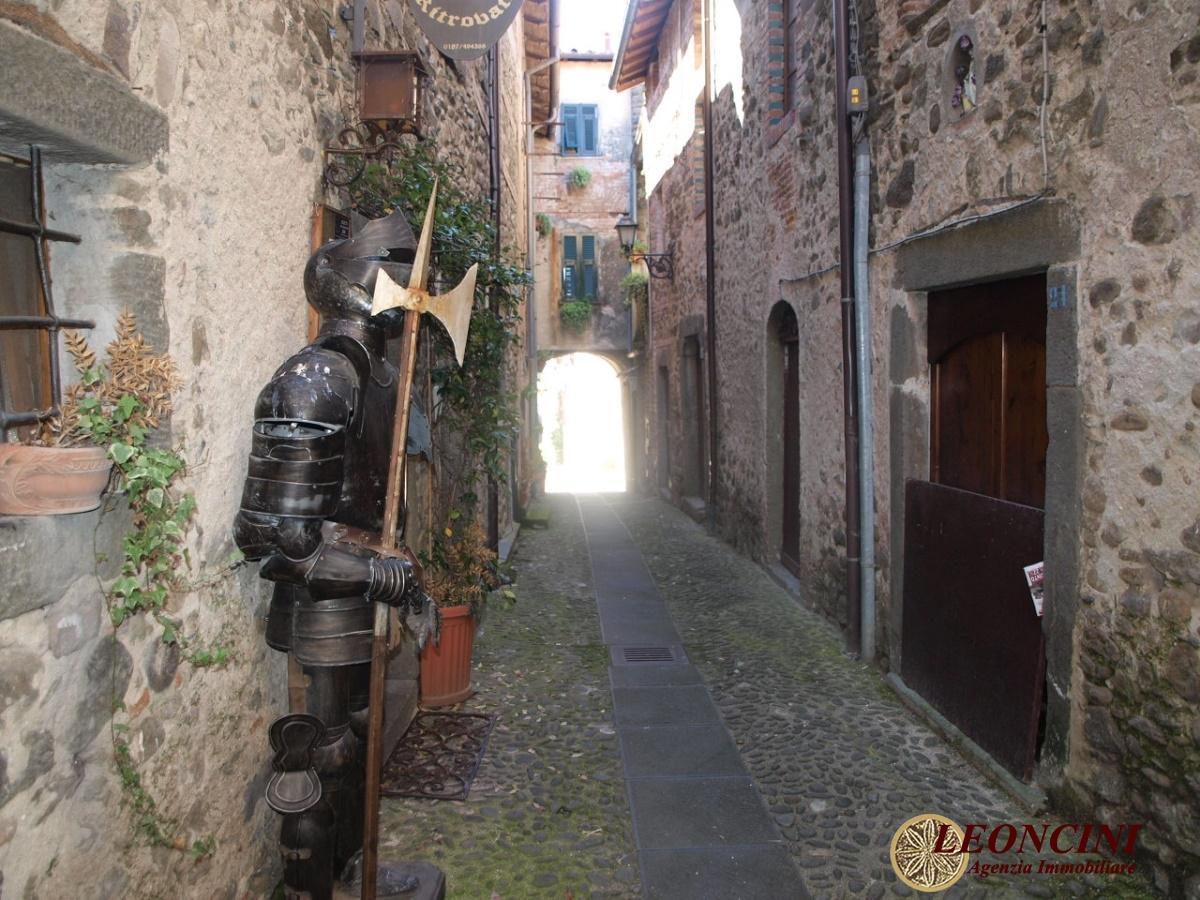 Negozio / Locale in vendita a Villafranca in Lunigiana, 6 locali, prezzo € 500.000 | Cambio Casa.it