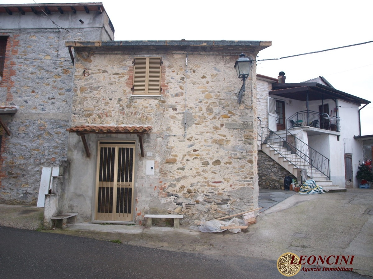 Rustico / Casale in vendita a Villafranca in Lunigiana, 2 locali, prezzo € 20.000 | CambioCasa.it