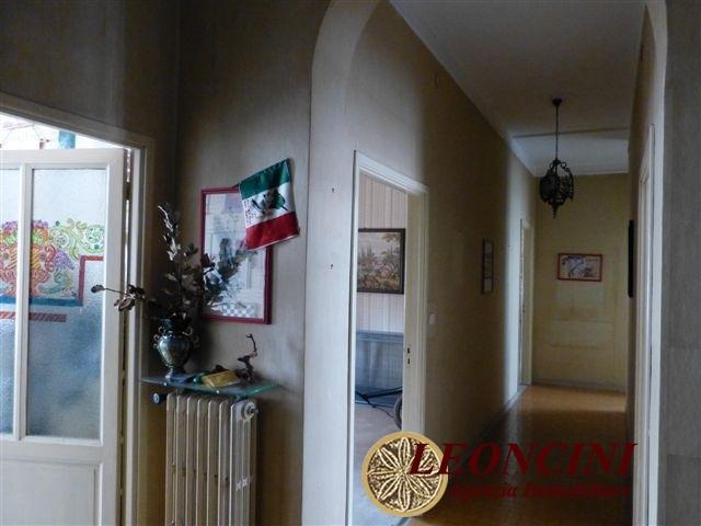 Villa in vendita a Villafranca in Lunigiana, 12 locali, prezzo € 268.000 | Cambio Casa.it