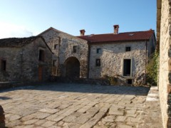 P110 Stone house with panoramic view - 1