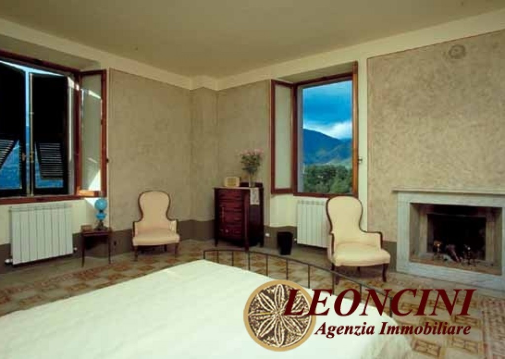 Sale Detached Houses Pontremoli - A429 Villa liberty Locality