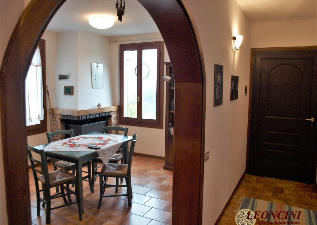 Sale Detached Houses Bagnone - A415 house with panoramic view Locality