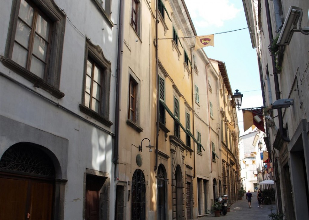 Sale Apartments Pontremoli - A468 Flat in historic center Locality