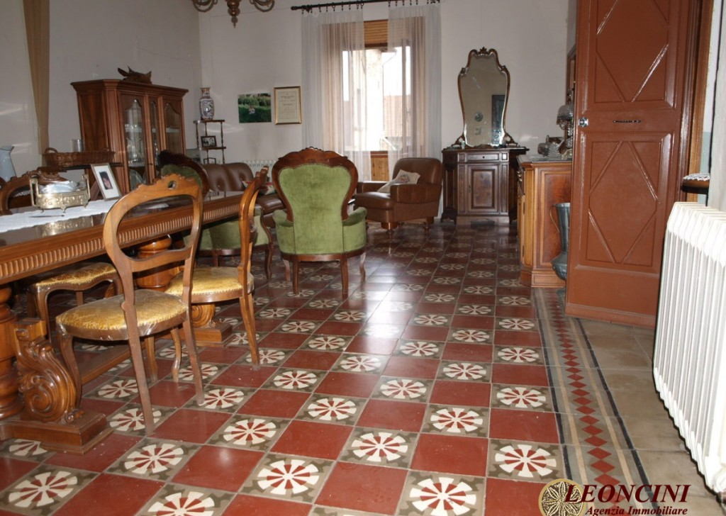 Sale Apartments Villafranca in Lunigiana - A419 House in historic center Locality