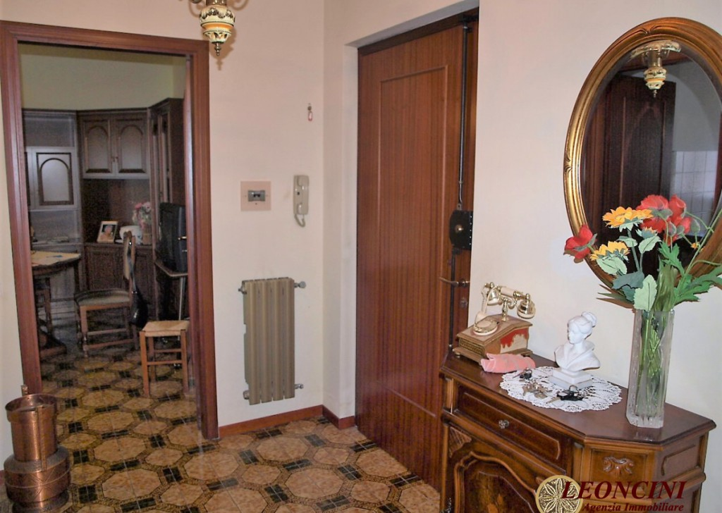 Sale Apartments Villafranca in Lunigiana - A411 Flat near the swimming pool Locality