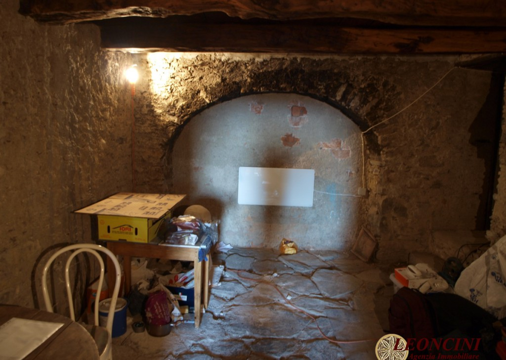Sale Stonehouses in Historic Center Bagnone - A425 rustic house with panoramic views Locality