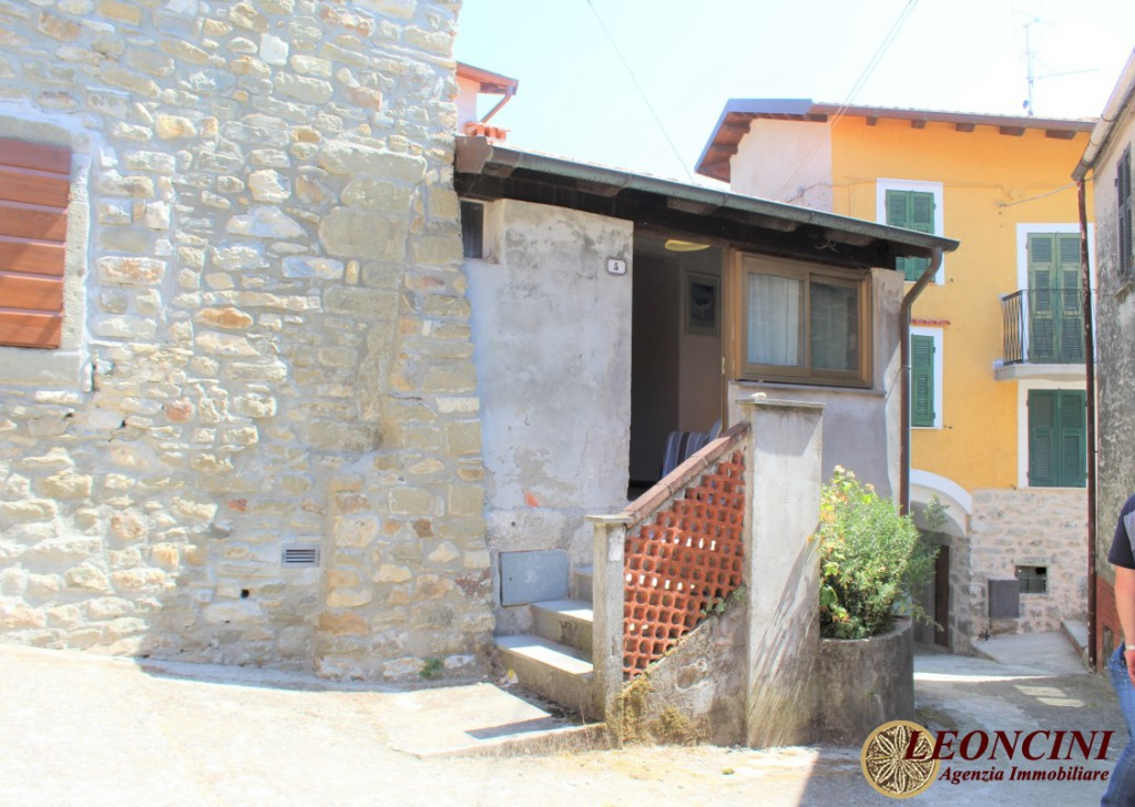 Sale Apartments Bagnone - A361 two-room apartment Locality