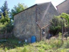 A405 Stone house to be restored - 2
