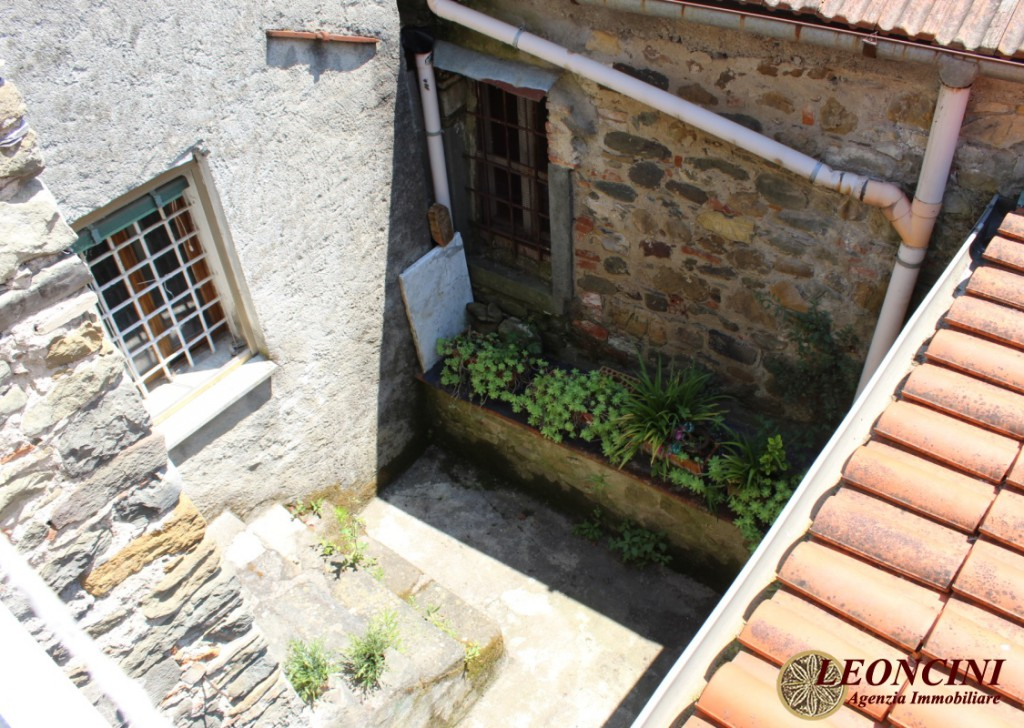 Sale Stonehouses in Historic Center Filattiera - A331 house in the historic center Locality