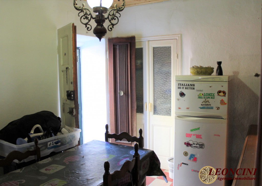 Sale Stonehouses in Historic Center Bagnone - A386 home in the historic center Locality